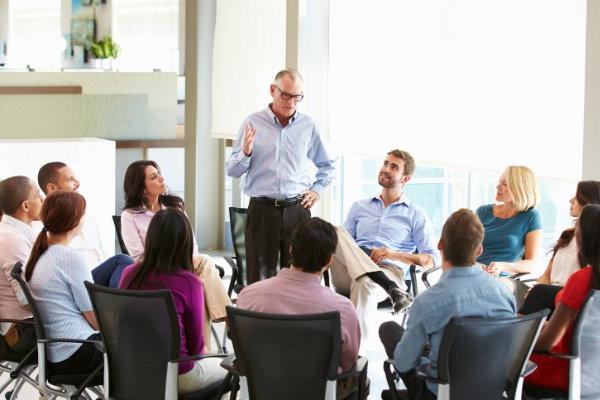 Kundenservice Erfolg mit Roger Schmid