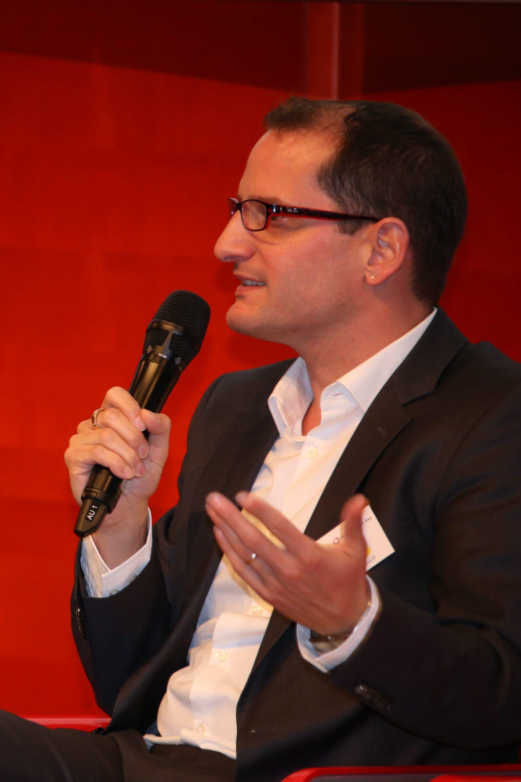 Roger Schmid Redner